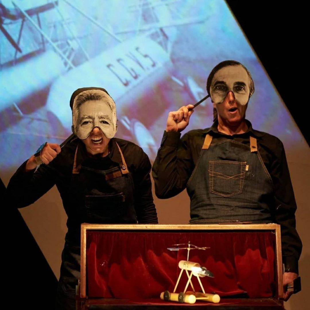 Cometagiroavió de Centimets Teatre de les Illes Balears